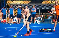 BHUBANESWAR (INDIA) -  Het Nederlands team trainde vanmorgen licht voor de wedstrijd tegen Canada bij het WK Hockey heren. Mirco Pruyser (Ned)  tijdens de training.   COPYRIGHT  KOEN SUYK