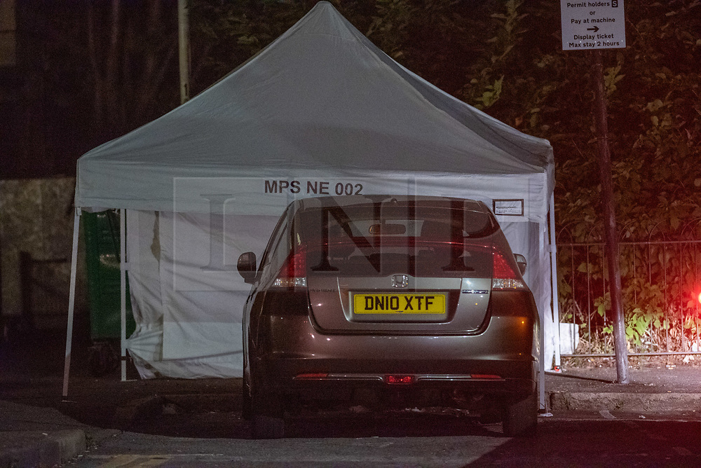 © Licensed to London News Pictures. 04/09/2019. London, UK. Metropolitan Police have launched a murder investigation after a teenage boy was fatally stabbed during a fight in Byford Close, Stratford on Tuesday evening. Photo credit: Peter Manning/LNP