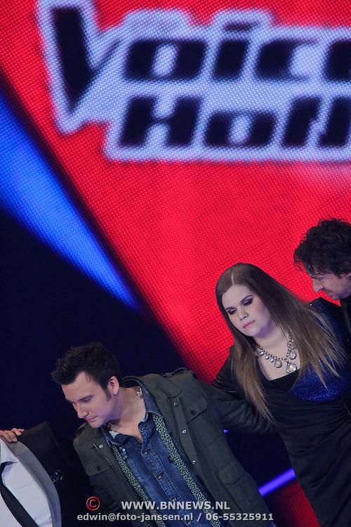 NLD/Hilversum/20120120 - Finale the Voice of Holland 2012, Iris Kroes en Chris Hordijk in de finale