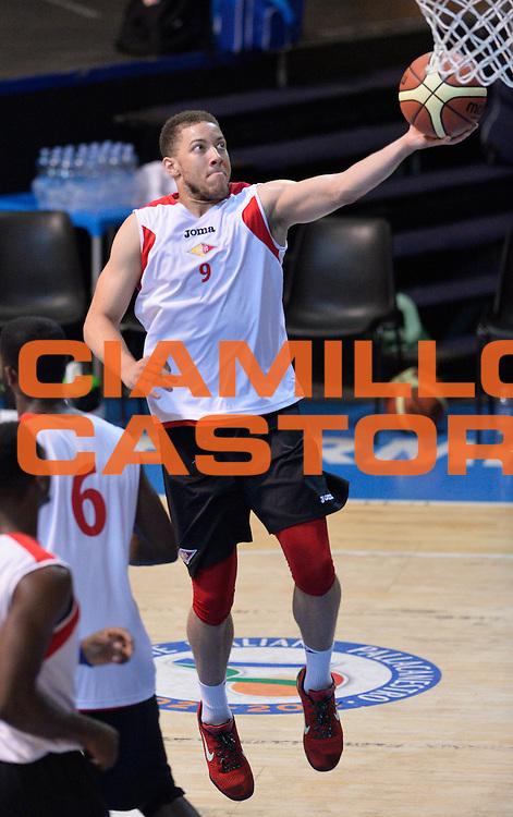 DESCRIZIONE : Bormio Lega A 2014-15 amichevole Acea Virtus Roma - Avtodor Saratov<br /> GIOCATORE : Brandon Triche<br /> CATEGORIA : pregame before<br /> SQUADRA : Acea Virtus Roma<br /> EVENTO : Valtellina Basket Circuit 2014<br /> GARA : Acea Virtus Roma - Avtodor Saratov<br /> DATA : 08/09/2014<br /> SPORT : Pallacanestro <br /> AUTORE : Agenzia Ciamillo-Castoria/A.Scaroni<br /> Galleria : Lega Basket A 2014-2015  <br /> Fotonotizia : Bormio Lega A 2014-15 amichevole Acea Virtus Roma - Avtodor Saratov<br /> Predefinita :