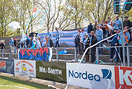 FODBOLD: Fans fra (FC Helsingør) under kampen i NordicBet Ligaen mellem Nykøbing FC og FC Helsingør den 7. maj 2017 i Nykøbing Falster Idrætspark. Foto: Claus Birch