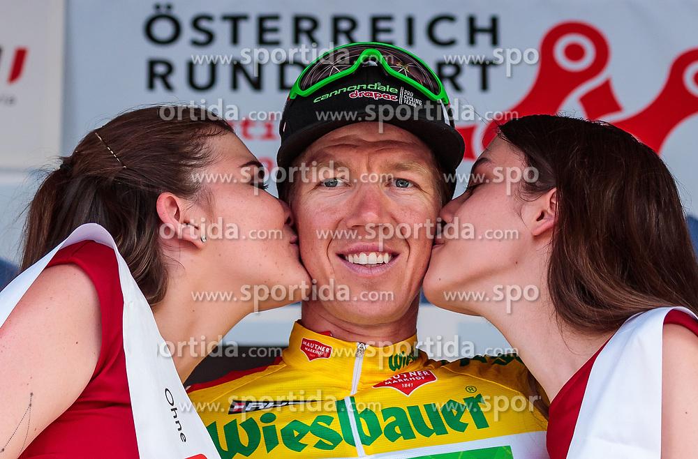 05.07.2017, Altheim, AUT, Ö-Tour, Österreich Radrundfahrt 2017, 3. Etappe von Wieselburg nach Altheim (226,2km), Siegerehrung, im Bild Gesamtführender, gelbes Trikot Sep Vanmarcke (BEL, Cannondale Drapac Professional Cycling Team) // Overall Leader Yellow Jersey Sep Vanmarcke (BEL Cannondale Drapac Professional Cycling Team) on podium during the 3rd stage from Wieselburg to Altheim (199,6km) of 2017 Tour of Austria. Altheim, Austria on 2017/07/05. EXPA Pictures © 2017, PhotoCredit: EXPA/ JFK