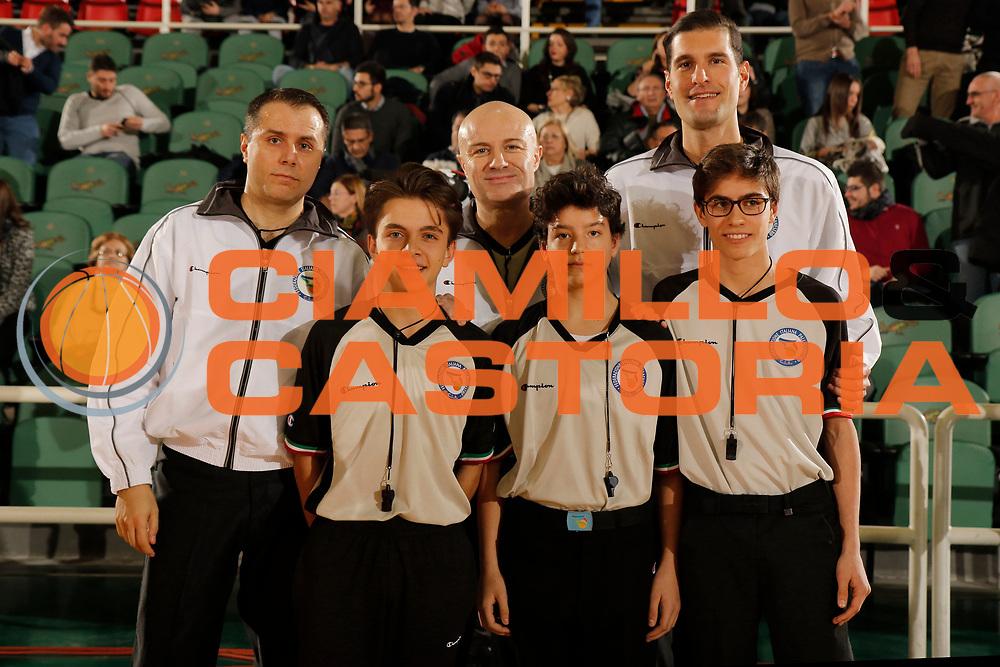 DESCRIZIONE : Avellino Lega A 2014-15 Sidigas Avellino Openjobmetis Varese<br /> GIOCATORE : Arbitro Aronne - Taurino - Quarta<br /> CATEGORIA : arbitro<br /> SQUADRA : AIAP<br /> EVENTO : Campionato Lega A 2014-2015<br /> GARA : Sidigas Avellino Openjobmetis Varese<br /> DATA : 11/01/2015<br /> SPORT : Pallacanestro <br /> AUTORE : Agenzia Ciamillo-Castoria/A. De Lise<br /> Galleria : Lega Basket A 2014-2015 <br /> Fotonotizia : Avellino Lega A 2014-15 Sidigas Avellino Openjobmetis Varese