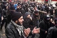 Manifestation pour le climat et affrontements place de la République à Paris pour le premier jour de la COP21 dimanche 29 novembre