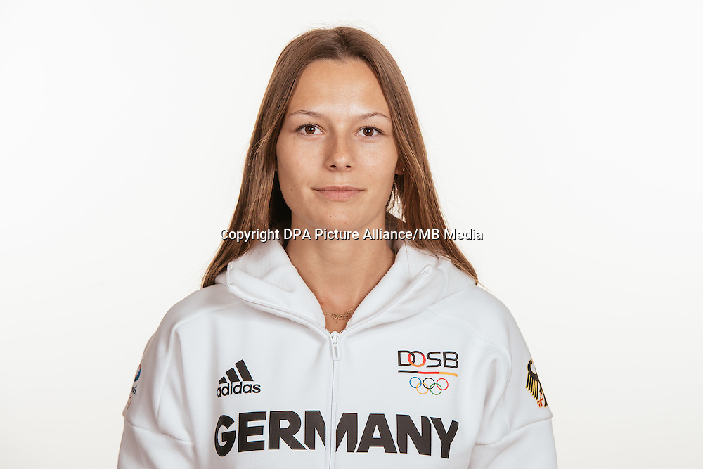 Frederike Möhlenkamp poses at a photocall during the preparations for the Olympic Games in Rio at the Emmich Cambrai Barracks in Hanover, Germany, taken on 15/07/16   usage worldwide