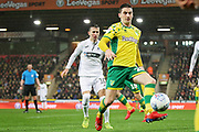 Norwich City midfielder Kenny McLean (23) controls the ball during the EFL Sky Bet Championship match between Norwich City and Swansea City at Carrow Road, Norwich, England on 8 March 2019.