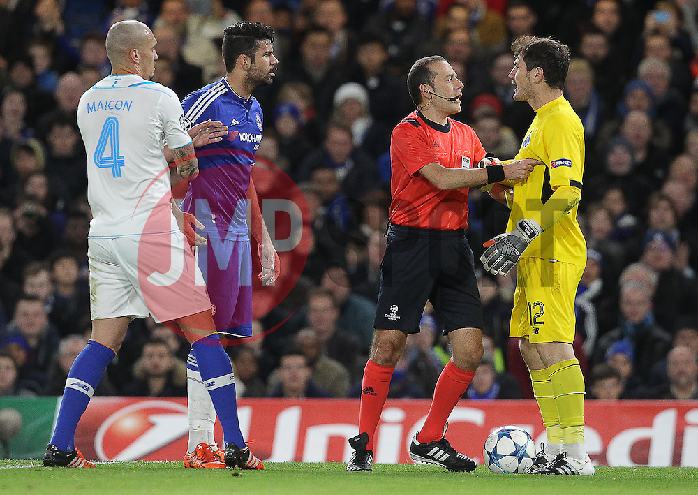 Diego Costa of Chelsea ( 2nd  L ) and Iker Casillas of FC Porto ( R ) exchange words after they clash during the match - Mandatory byline: Paul Terry/JMP - 09/12/2015 - Football - Stamford Bridge - London, England - Chelsea v FC Porto - Champions League - Group G