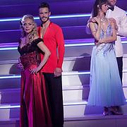 NLD/Hilversum/20120916 - 4de live uitzending AVRO Strictly Come Dancing 2012, Sabine Uitslag  met danspartner Pascal Maassen, Mark van Eeuwen met danspartner Jessica Mulbury