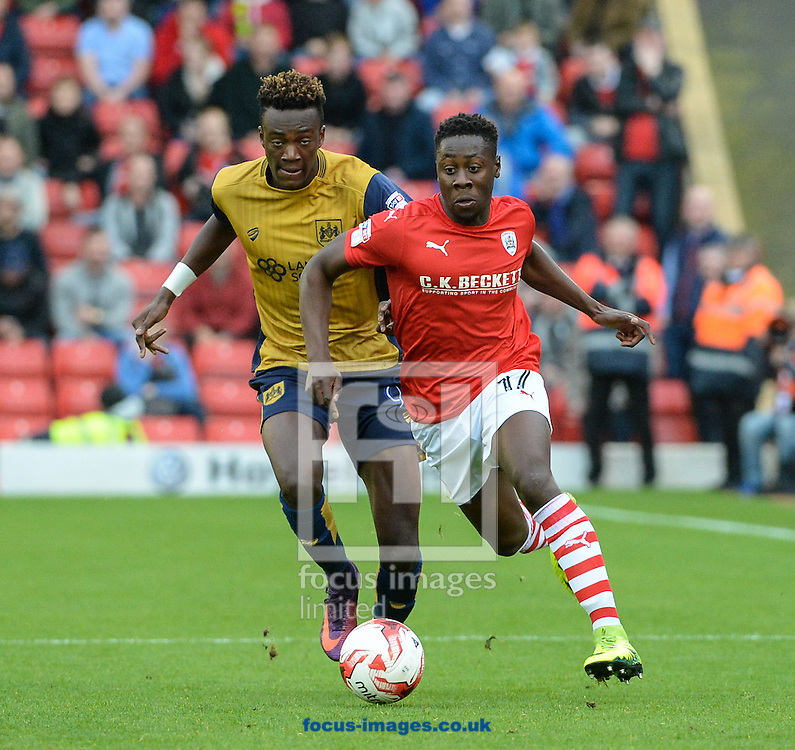Andy Yiadom of Barnsley and Tammy Abraham of Bristol City during the Sky Bet Championship match at Oakwell, Barnsley<br /> Picture by Richard Land/Focus Images Ltd +44 7713 507003<br /> 29/10/2016