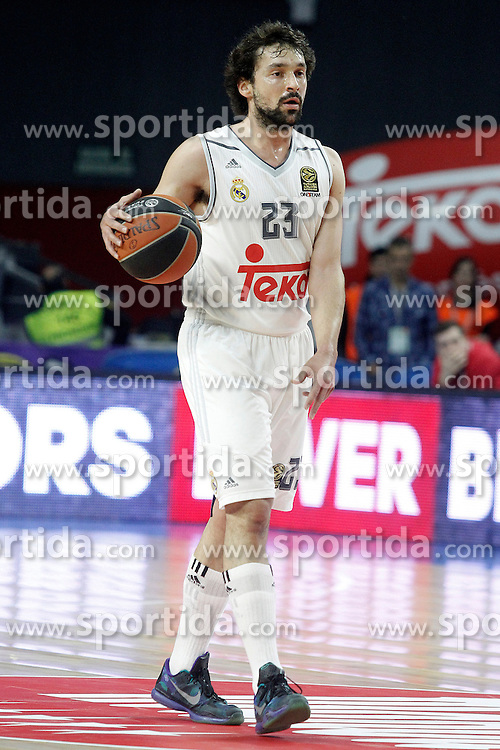 28.01.2016, Palacio de los Deportes, Madrid, ESP, FIBA, EL, Real Madrid vs Olympiacos PiraeusPlayoff, 5. Spiel, im Bild Real Madrid's Sergio LLull // during the 5th Playoff match of the Turkish Airlines Basketball Euroleague between Real Madrid and Olympiacos Piraeus at the Palacio de los Deportes in Madrid, Spain on 2016/01/28. EXPA Pictures &copy; 2016, PhotoCredit: EXPA/ Alterphotos/ Acero<br /> <br /> *****ATTENTION - OUT of ESP, SUI*****