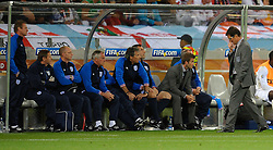 18.01.2010, Green Point Stadium, Cape Town, RSA, FIFA WM 2010, England (ENG) vs Algeria (ALG), im Bild Fabio Capello manager / head coach of England looks dejected as he walks past his coaching staff. EXPA Pictures © 2010, PhotoCredit: EXPA/ IPS/ Marc Atkins / SPORTIDA PHOTO AGENCY