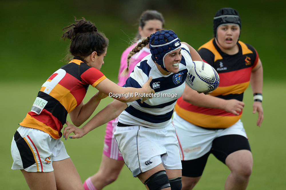 Auckland Storm's Eloise Blackwell in action during the Women's Rugby NPC Semi Final, Auckland Storm v Waikato. Auckland, New Zealand on Saturday 10 October 2015. Copyright Photo: Raghavan Venugopal / www.photosport.nz
