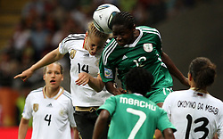 30.06.2011, Commerzbank Arena, Frankfurt, GER, FIFA Women Worldcup 2011, Gruppe A, Deutschland (GER) vs. Nigeria (NGA), im Bild .Kim Kulig (GER) gegen Sarah Michael (NGA) .// during the FIFA Women Worldcup 2011, Pool A, Germany vs Nigeria on 2011/06/30, Commerzbank Arena, Frankfurt, Germany.  EXPA Pictures © 2011, PhotoCredit: EXPA/ nph/  Karina Hessland       ****** out of GER / CRO  / BEL ******