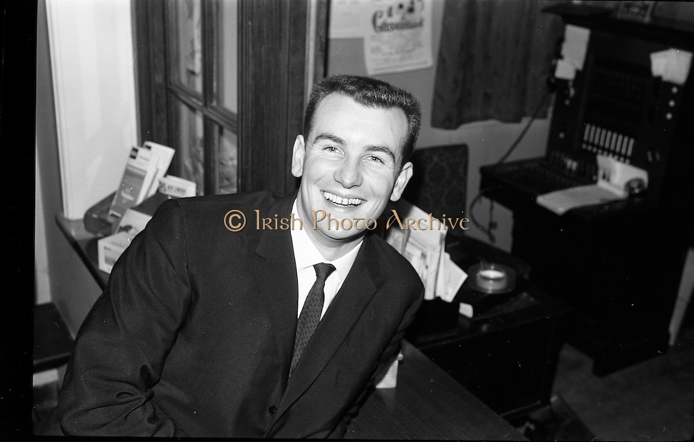03/02/1964<br /> 02/03/1964<br /> 03 February 1964 <br /> Capitol Show Band and Pye Records reception for single 'Foolin' Time' at Country Club Portmarnock. Image shows Butch Moore.