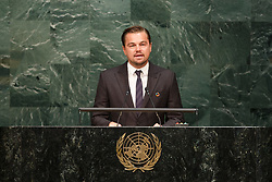UNITED NATIONS, April 22, 2016 (Xinhua) -- Leonardo DiCaprio, actor and UN messenger of peace, addresses the opening ceremony of Paris climate deal at the United Nations headquarters in New York, April 22, 2016. (Xinhua/Li Muzi)(dh) (Credit Image: © Xinhua via ZUMA Wire)