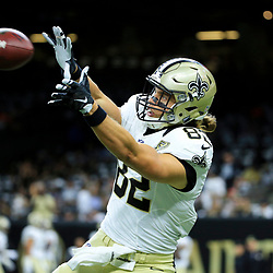 Sep 11, 2016; New Orleans, LA, USA; New Orleans Saints tight end Coby Fleener (82) before a game against the Oakland Raiders at the Mercedes-Benz Superdome. Mandatory Credit: Derick E. Hingle-USA TODAY Sports
