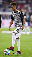 FUSSBALL UEFA Nations League in Muenchen Deutschland - Frankreich       06.09.2018 Thilo Kehrer (Deutschland) beim Aufwaermen am Ball --- DFB regulations prohibit any use of photographs as image sequences and/or quasi-video. ---
