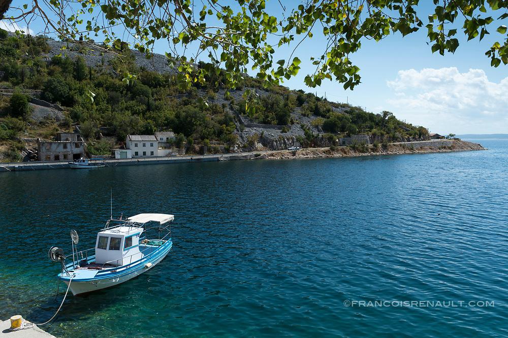 Au bord de la mer Adriatique, en Croatie. /  Along the Adriatic Sea, Croatia.