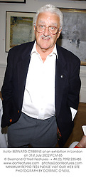 Actor BERNARD CRIBBINS at an exhibition in London on 31st July 2002.<br />