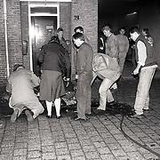 NLD/Naarden/19911121 - Brand in de brandweerkazerne Naarden,een zwaargewonde bij poging, zou later een brandweerman blijken te zijn