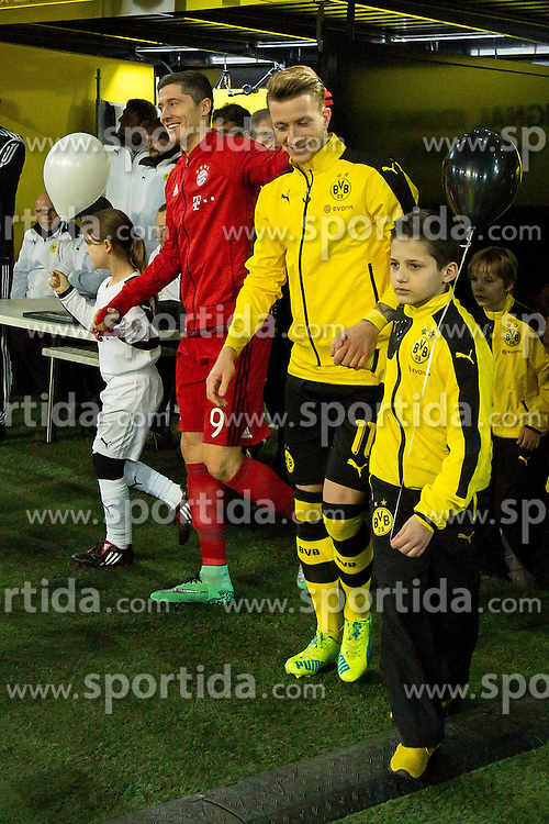 05.03.2016, Signal Iduna Park, Dortmund, GER, 1. FBL, Borussia Dortmund vs FC Bayern Muenchen, 25. Runde, im Bild Robert Lewandowski (FC Bayern Muenchen #9) und Marco Reus (#11) // during the German Bundesliga 25th round match between Borussia Dortmund and FC Bayern Munich at the Signal Iduna Park in Dortmund, Germany on 2016/03/05. EXPA Pictures &copy; 2016, PhotoCredit: EXPA/ Eibner-Pressefoto/ Sch&uuml;ler<br /> <br /> *****ATTENTION - OUT of GER*****