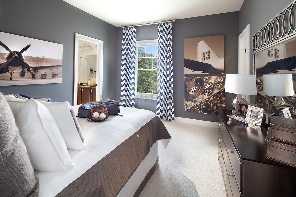 1215_Penfield_Boys_Room