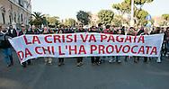 Roma 17 Novembre 2011.Manifestazione degli  studenti medi e universitari, contro il governo Monti. I cobas..