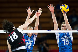 11.09.2014, Centennial Hall, Breslau, POL, FIVB WM, Kanada vs Finnland, 2. Runde, Gruppe F, im Bild Nicholas Hoag canada #18 Olli Kunnari finland #12 Matti Oivanen finland #15 // Nicholas Hoag canada #18 Olli Kunnari finland #12 Matti Oivanen finland #15 during the FIVB Volleyball Men's World Championships 2nd Round Pool F Match beween Canada and Finland at the Centennial Hall in Breslau, Poland on 2014/09/11. EXPA Pictures © 2014, PhotoCredit: EXPA/ Newspix/ Sebastian Borowski<br /> <br /> *****ATTENTION - for AUT, SLO, CRO, SRB, BIH, MAZ, TUR, SUI, SWE only*****