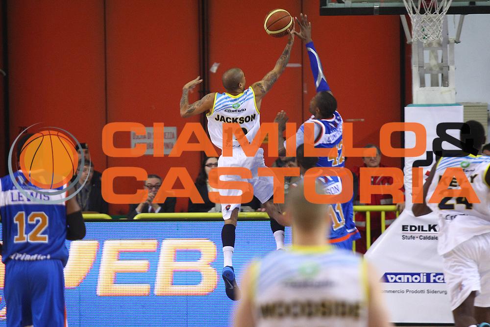 DESCRIZIONE : Cremona Lega A 2013-2014 Vanoli Cremona Enel BrindisiGIOCATORE : Jarrius JacksonSQUADRA : Vanoli CremonaEVENTO : Campionato Lega A 2013-2014GARA : Vanoli Cremona Enel BrindisiDATA : 02/02/2014CATEGORIA : TiroSPORT : PallacanestroAUTORE : Agenzia Ciamillo-Castoria/F.ZovadelliGALLERIA : Lega Basket A 2013-2014FOTONOTIZIA : Cremona Campionato Italiano Lega A 2013-14 Vanoli Cremona Enel BrindisiPREDEFINITA : Federico Zovadelli