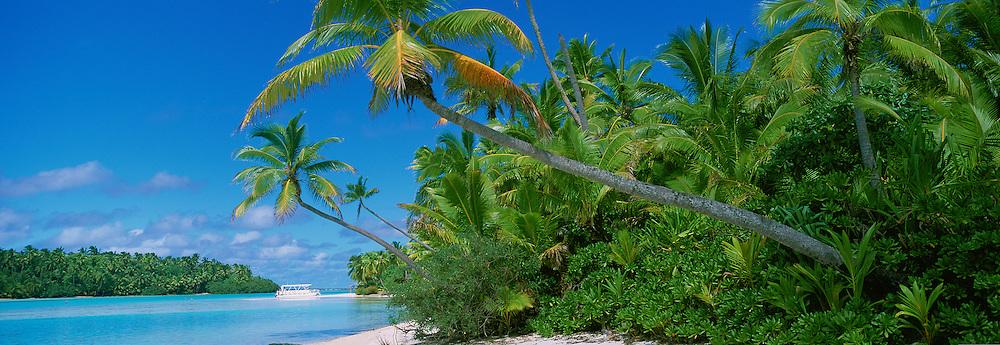 One Foot Island, Aitutaki, Cook Islands<br />