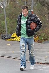 21.11.2010, Trainingsgelaende Werder Bremen, Bremen, GER, 1. FBL, Training Werder Bremen, im Bild Philipp Bargfrede (Bremen #44)   EXPA Pictures © 2010, PhotoCredit: EXPA/ nph/  Frisch****** out ouf GER ******