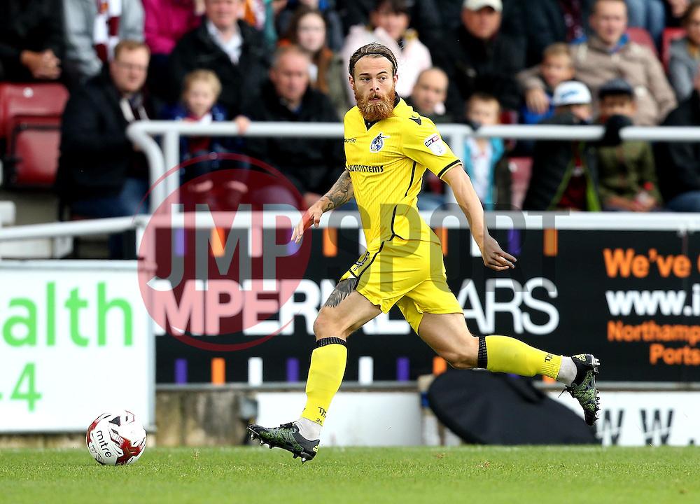Stuart Sinclair of Bristol Rovers runs with the ball - Mandatory by-line: Robbie Stephenson/JMP - 01/10/2016 - FOOTBALL - Sixfields Stadium - Northampton, England - Northampton Town v Bristol Rovers - Sky Bet League One