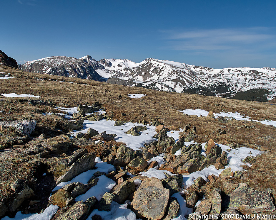 View from Trail Ridge Road. Rocky Mountain National Park. Image taken with a Nikon D2xs camera and 14 mm f/2.8 lens (ISO 100, 14 mm, f/5.6, 1/1250 sec).