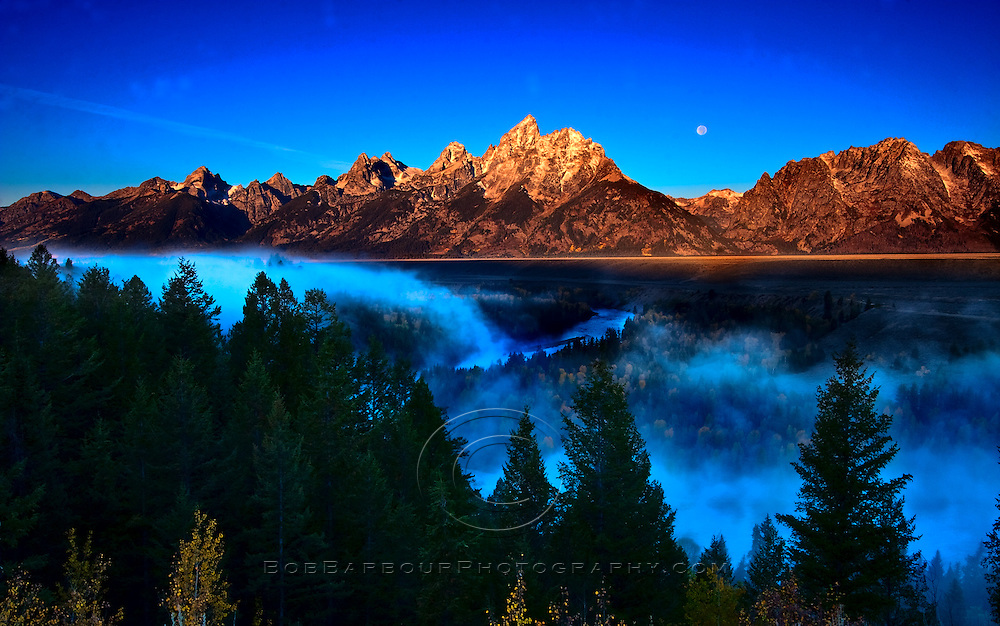Snake River moonscape at sunrise Grand Tetons National Park, Wyoming