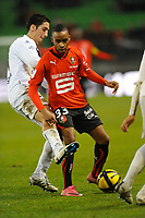 Fotball<br /> Frankrike<br /> Foto: Dppi/Digitalsport<br /> NORWAY ONLY<br /> <br /> FOOTBALL - FRENCH CHAMPIONSHIP 2010/2011 - L1 - STADE RENNAIS / RENNES  v AC ARLES - 15/01/2011<br /> <br /> FRANCK JULIENNE (RENNES) IT'S FRIST GAME IN THE FRENCH CHAMPIONSHIP OF LEAGUE 1 /   THOMAS AYASSE (ARLES)