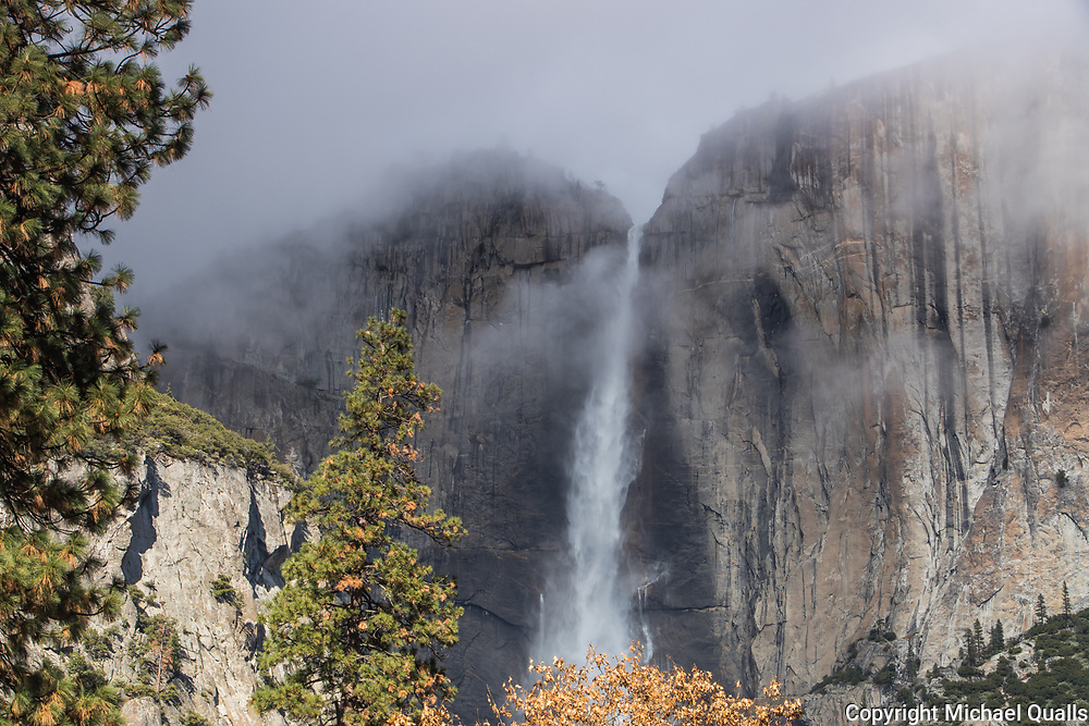 Upper Yosemite Falls, Yosemite Valley