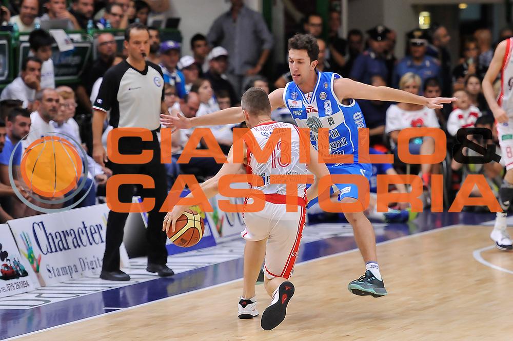 DESCRIZIONE : Campionato 2014/15 Serie A Beko Dinamo Banco di Sardegna Sassari - Grissin Bon Reggio Emilia Finale Playoff Gara6<br /> GIOCATORE : Rimantas Kaukenas Giacomo Devecchi<br /> CATEGORIA : Difesa Controcampo<br /> SQUADRA : Dinamo Banco di Sardegna Sassari<br /> EVENTO : LegaBasket Serie A Beko 2014/2015<br /> GARA : Dinamo Banco di Sardegna Sassari - Grissin Bon Reggio Emilia Finale Playoff Gara6<br /> DATA : 24/06/2015<br /> SPORT : Pallacanestro <br /> AUTORE : Agenzia Ciamillo-Castoria/L.Canu