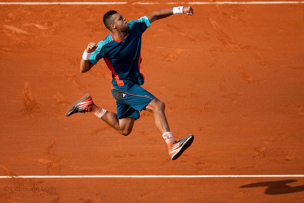 Roland Garros. Paris, France. May 27th 2012.French player Jo-Wilfried TSONGA against Andrey Kuznetsov ...