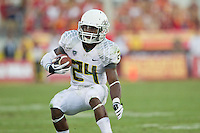 03 November 2012: Runningback (24) Kenjon Barner of the Oregon Ducks runs the ball against the USC Trojans during the first half of Oregon's  62-51victory over USC at the Los Angeles Memorial Coliseum in Los Angeles, CA.