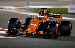 November 26, 2017 - Abu Dhabi, United Arab Emirates - Motorsports: FIA Formula One World Championship 2017, Grand Prix of Abu Dhabi, .#14 Fernando Alonso (ESP, McLaren Honda) (Credit Image: © Hoch Zwei via ZUMA Wire)