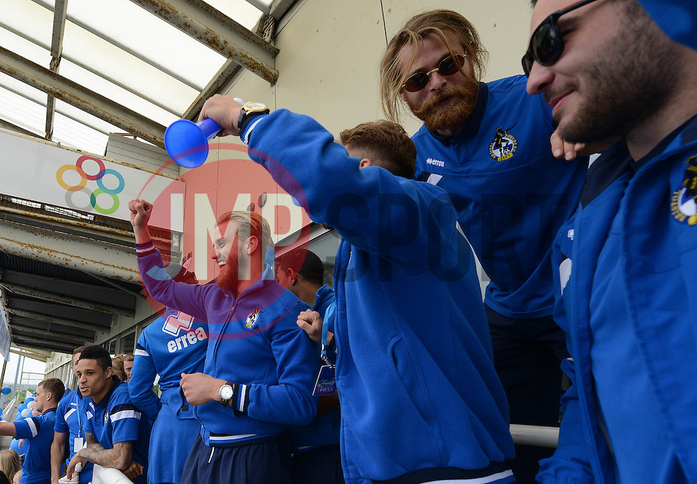 Bristol Rovers players celebrate - Photo mandatory by-line: Dougie Allward/JMP - Mobile: 07966 386802 - 25/05/2015 - SPORT - Football - Bristol - Bristol Rovers Bus Tour