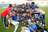 FOOTBALL - UNDER 20 - INTERNATIONAL TOULON FESTIVAL 2010 - 3RD PLACE FINAL - CHILI v FRANCE - 27/05/2010 - PHOTO PHILIPPE LAURENSON / DPPI - JOY FRENCH TEAM WITH TROPHY AFTER MATCH