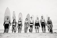 tracy grover family photos at matarangi on the coromandel beach portraits and surf photos by felicity jean photography