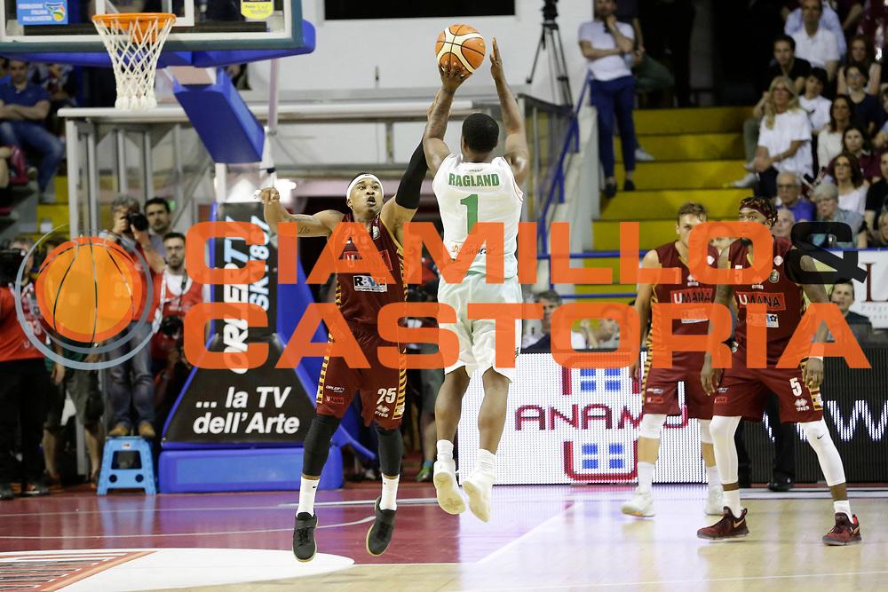 Ragland Joe<br /> Umana Reyer Venezia - Sidigas Scandone Avellino<br /> Lega Basket Serie A 2016/17 Semifinali Gara 01<br /> Venezia, 26/05/2017<br /> Foto Ciamillo-Castoria / M. Brondi