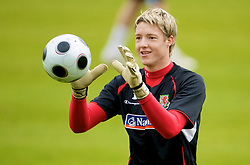 CARDIFF, WALES - Monday, October 13, 2008: Wales' goalkeeper Wayne Hennessey during training at the Vale of Glamorgan Hotel ahead of the 2010 FIFA World Cup South Africa Qualifying Group 4 match against Germany. (Photo by David Rawcliffe/Propaganda)