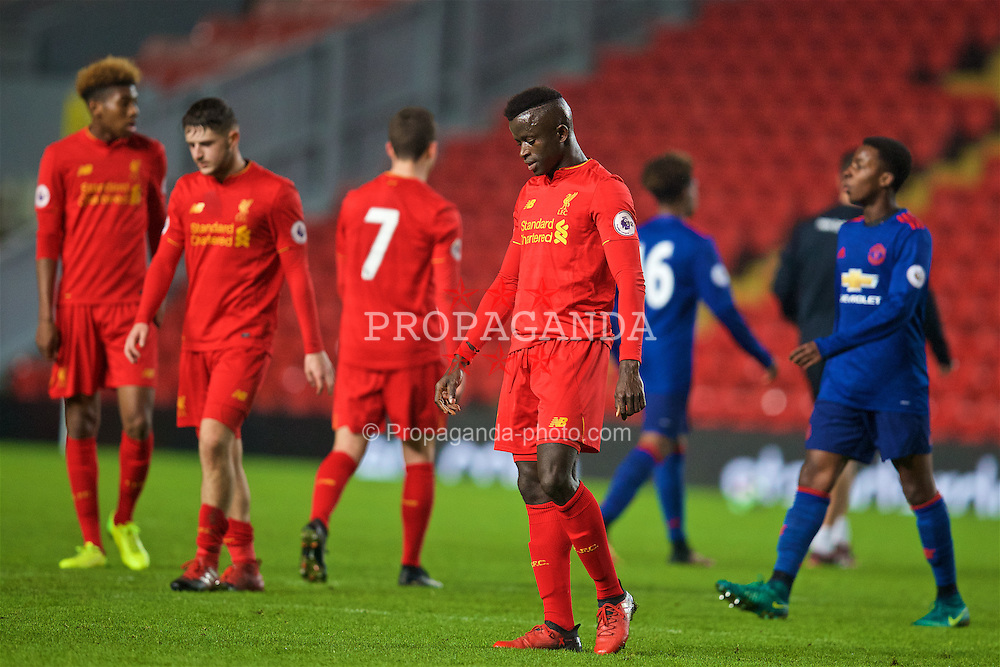 LIVERPOOL, ENGLAND - Monday, January 16, 2017: Liverpool's Toni Gomes looks dejected after conceding a late goal to lose 1-0 to Manchester United during the FA Premier League 2 Division 1 Under-23 match at Anfield. (Pic by David Rawcliffe/Propaganda)