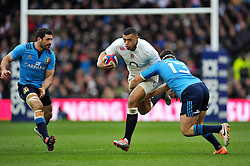 Luther Burrell of England goes on the attack - Photo mandatory by-line: Patrick Khachfe/JMP - Mobile: 07966 386802 14/02/2015 - SPORT - RUGBY UNION - London - Twickenham Stadium - England v Italy - Six Nations Championship