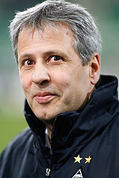 25.02.2010, Volkswagen Arena, Wolfsburg, GER, 1.FBL, VfL Wolfsburg vs Borussia Moenchengladbach, im Bild Lucien Favre (Trainer Moenchengladbach) EXPA Pictures © 2011, PhotoCredit: EXPA/ nph/  Schrader       ****** out of GER / SWE / CRO  / BEL ******