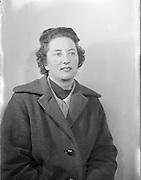 28/11/1956<br /> 11/28/1956<br /> 28 November 1956<br /> <br /> Mrs D Jeffers, Auctioneer, Drogheda, Special for Sunday Express