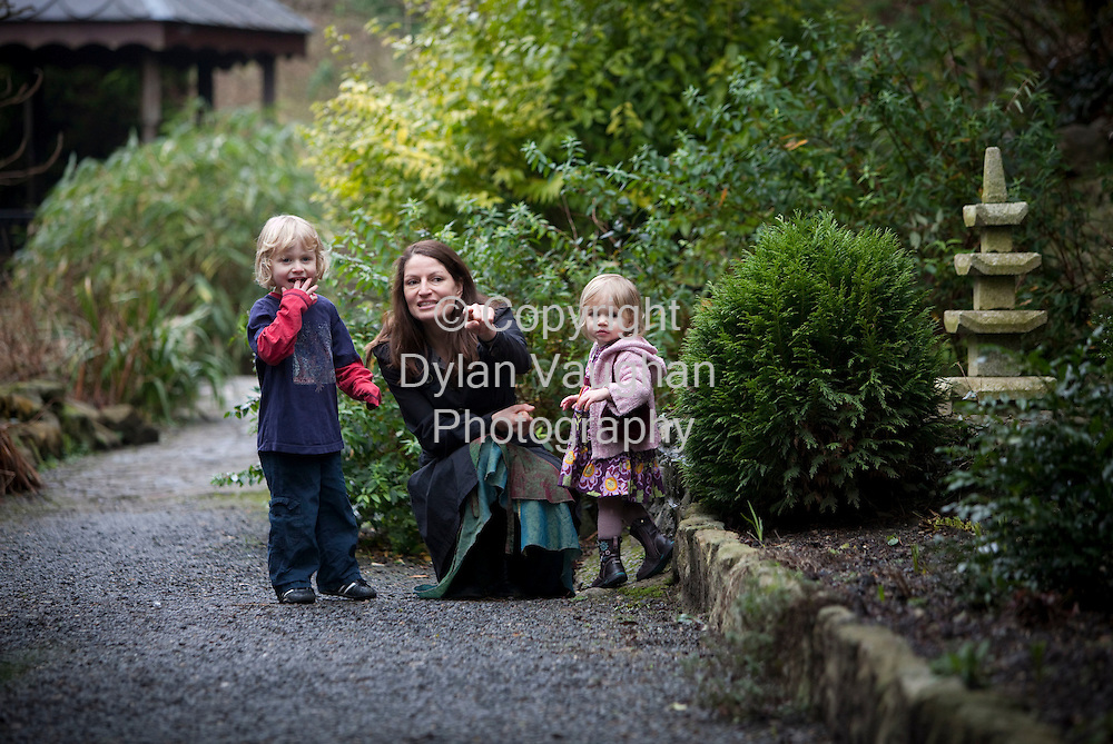 9/2/2009.Tanya Raab picture with her kids Ben aged 4 and Robin aged 2 at the Watergarden in Thomastown in Kilkenny..Picture Dylan Vaughan.
